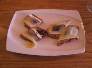 Brie Crostini with Fig